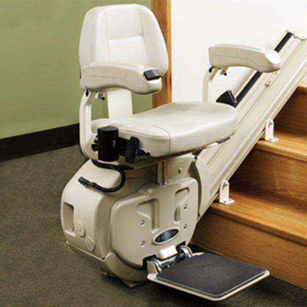 Chaise monte escalier droite SL-1000 de Savaria