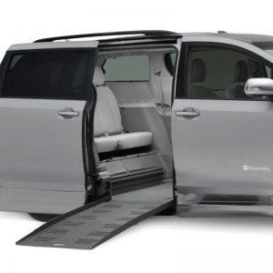 Plancher abaissé Toyota entrée latérale motorisé